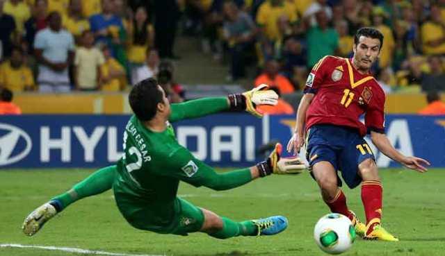 Julio-Cesar-Brazil-Pedro-Rodriguez-Spain