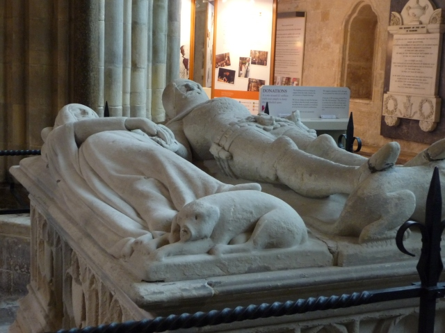 The_Arundel_Tomb_at_Chichester_Cathedral_(3).jpg